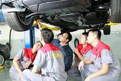 汽车综合维修实训室